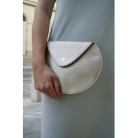 03_pebble_leather_clutch3