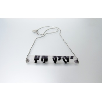 06 black sparks necklace 2
